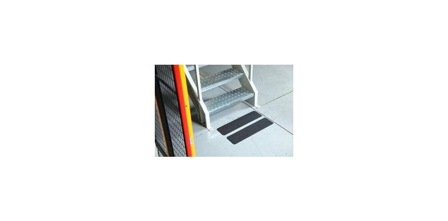 Tips for Using Anti-Slip Tape in High-Traffic Shopping Areas